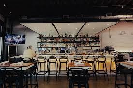 restaurantBarTraven